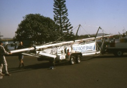 The new mast arrives