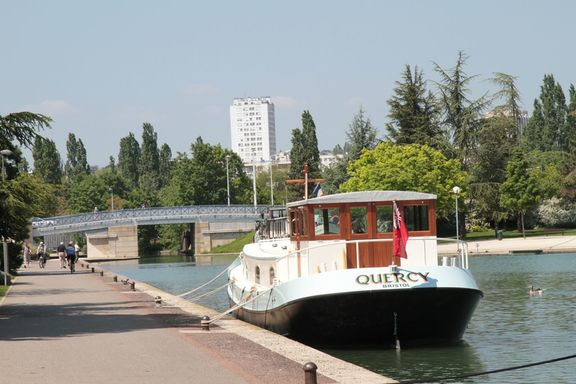 The public quay in Dijon