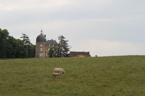 18th C chateau near Palinges