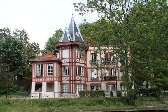 A House on the Marne