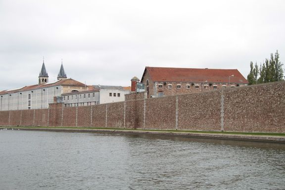 Along the Seine, a jail on an island at Melun