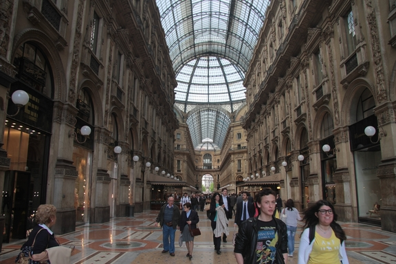 Shopping arcade, Milan