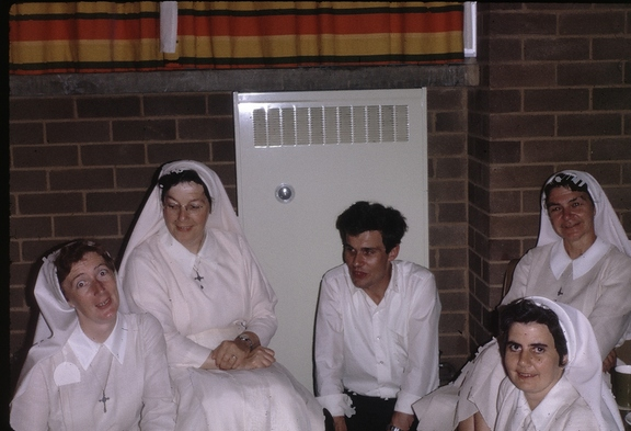 Fr Niall McDermott with ?Dominican nuns, John XXIII College