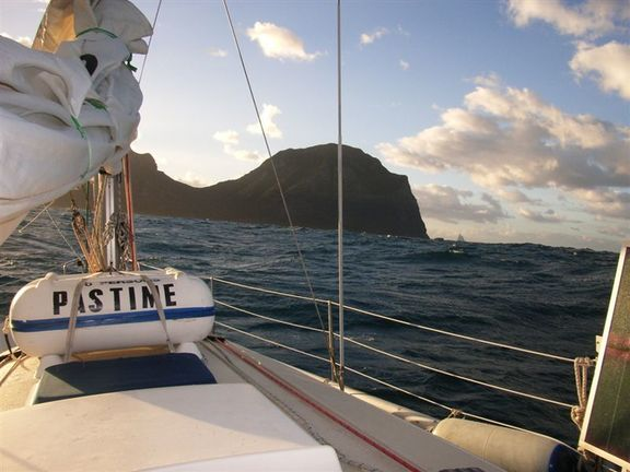 Lord Howe Island close at hand