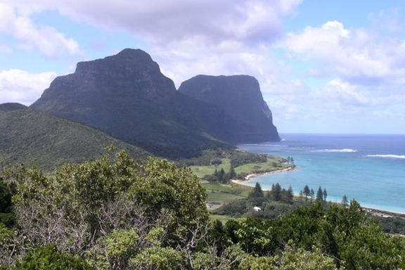 Lord Howe's Mountains