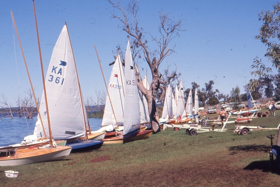 Boats lined up before the race