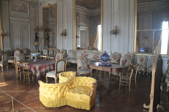 "The ""Indiscrete chair"", Chateau at Compiegne"