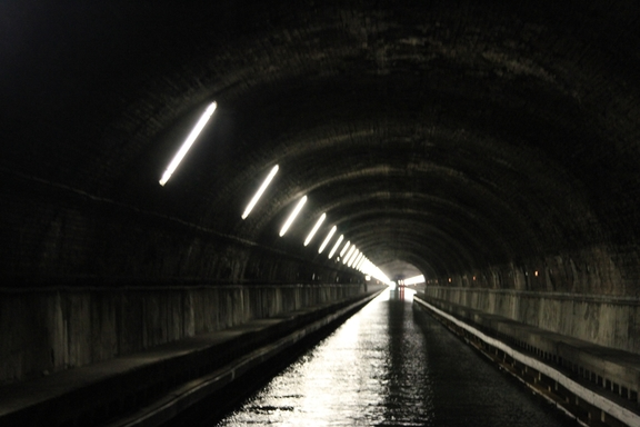 Back to one- way,  Ruyalcourt Tunnel, Canal du Nord
