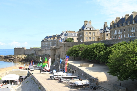 Main beach and ramparts, St Malo