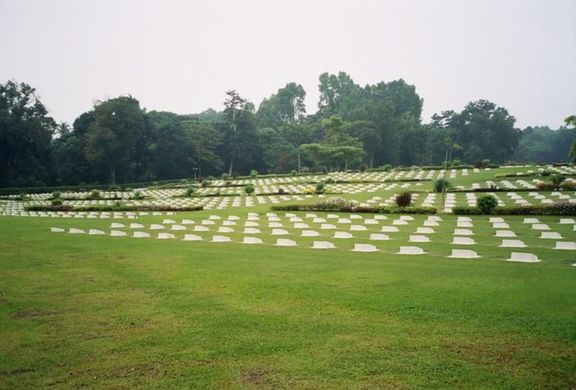 War cemetry on Labuan. Many soldiers were my age (19), and many died pointlessly and horrifically in the death marches.