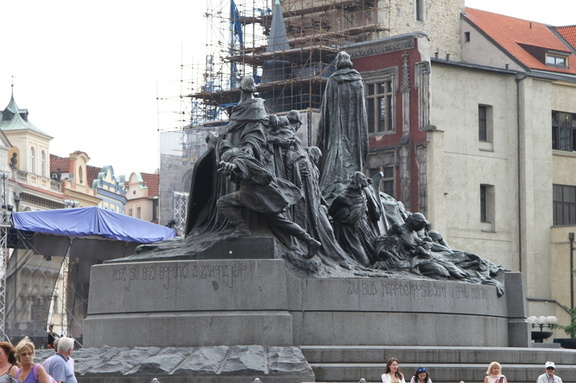 Jan Hus Monument, Old Town Square